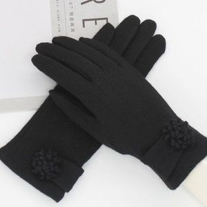 Accessories - 💕 CASHMERE 💕 COMING SOON Lux Winter Gloves Black